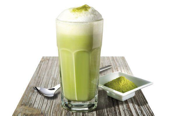 250 мл молока (или соевое молоко, рисовое молоко)  1-2 чайные ложки Ark Сладкий Матча микс