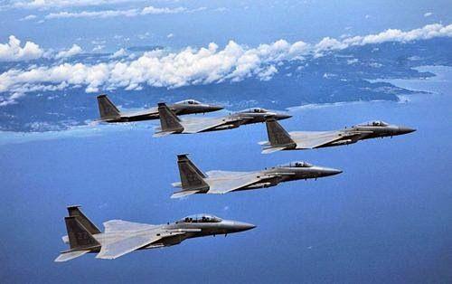 Máy bay Nhật xuất kích 340 lần bảo vệ không phận