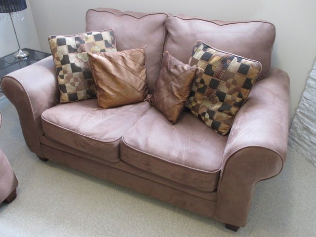 CONTEMPORARY COUCH SET Content sale from trendy Barrhaven home – 216 Serena Way, Ottawa ON. Sale will take place Saturday, April 18th 2015, from 9am to 2pm. Visit www.sellmystuffcanada.com for full sale description and photos of all available items!
