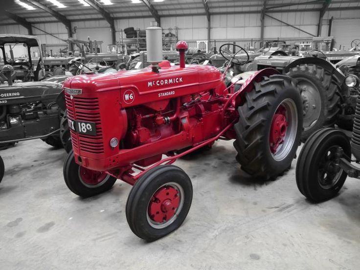Auction Lot 341  (1948 INTERNATIONAL MCCORMICK W-6 4cylinder petrol/paraffin T..) Image 1