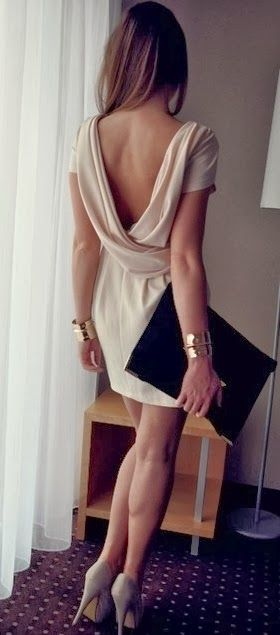 Love the accessories paired with this dress.