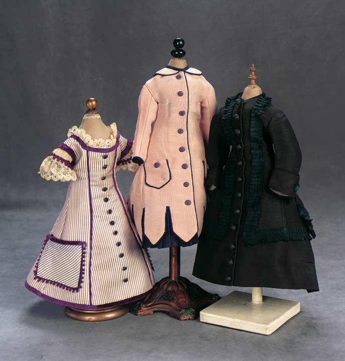 18 июля 2010 г. состоялся очередной аукцион Theriault's, на котором была продана знаменитая кукла Виктора Гюго, подаренная писателем своей внучке Жанне. Кукла продавалась…
