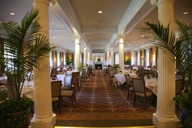 the grand dining room, the jekyll island club hotel's full service
