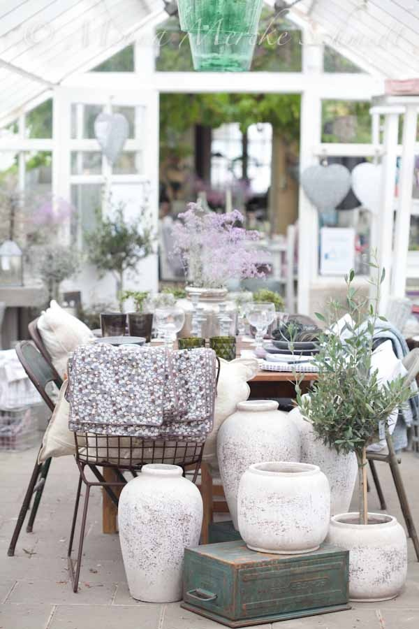 Dinner in the greenhouse. Pic from Butik Linnea in Helsingborg,Sweden.