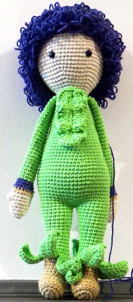 Giant Onion Otto doll made by Soledad F - crochet pattern by Zabbez