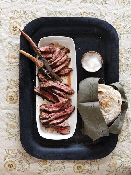 bavette marinée à la mexicaine dans une tortilla maison-----------------------------------------En fines tranches dans une tortilla maison, ce steak à la saveur herbacée est un vrai régal....