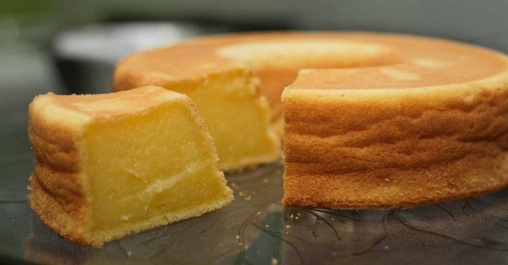 Açúcar, ovo, leite de coco e mandioca: com esses quatro ingredientes você faz o bolo de macaxeira