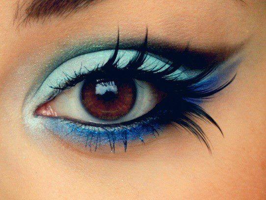 Make *-*: Make Up, Brown Eye, Eyelashes, Eye Shadows, Beautiful, Blue Eye Makeup, Eyemakeup, Eyeshadows, Feathers