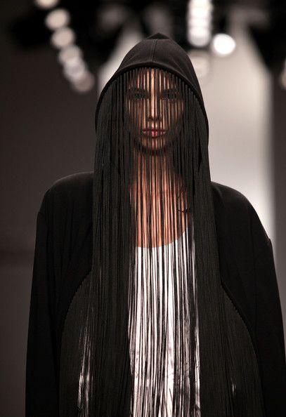 Central+Saint+Martins+MA+Fashion+Runway+LFW+fFsiOl42mrhl.jpg