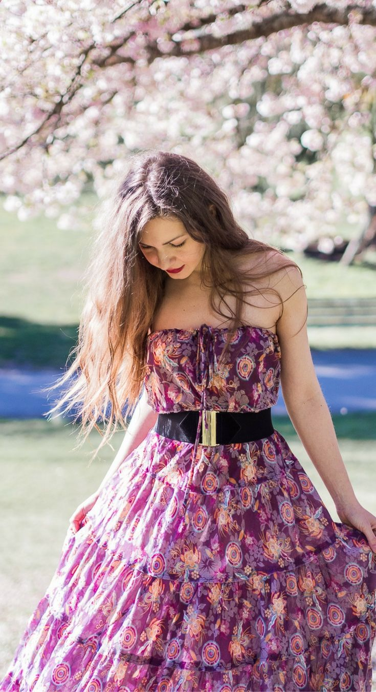 I've Got Sunshine ☀️   Style and Travel Blogger - Spring style - Tiered floral print maxi dress