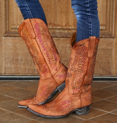 Shop the Old Gringo Eagle Swarovski Mango Boot L443-8 at Rivertrail Mercantile. Enjoy fast and free shipping on all Old Gringo Crystal Eagle style boots.