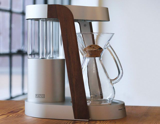 Ratio Eight Coffee Machine, An Automated Coffee Maker with a Minimalist Design