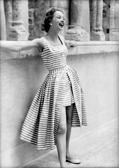 A delightful striped playsuit for the sunny months, 1950s. #vintage #summer #fashion