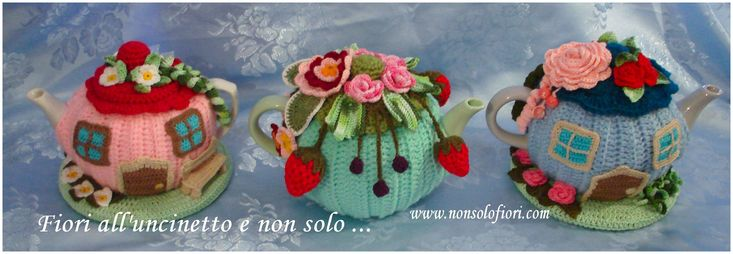 "🌸""Teiere rivestite all'uncinetto 🌸 www.nonsolofiori.com #teiera #uncinetto #teapot #crochet #tetera #ganchillo #fragole #more #crochetartist #crochetart #artflowers #galleries #artecontemporanea #artwork #natureinspired"
