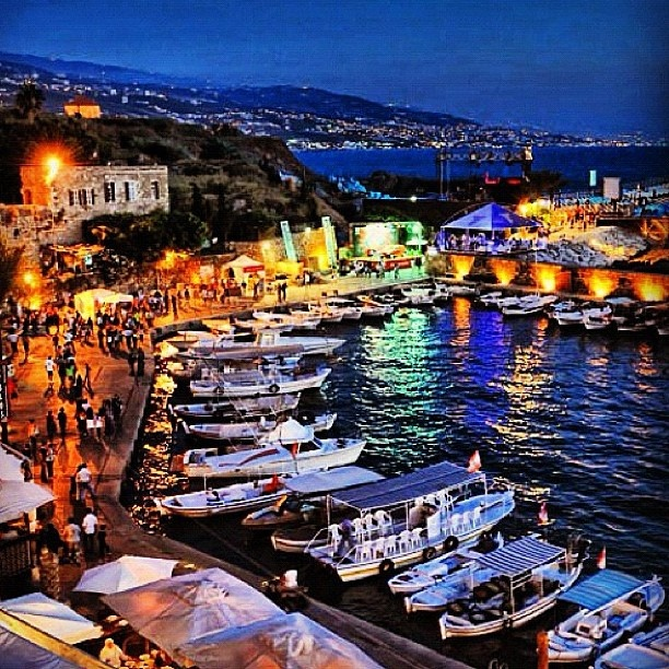 جبيل، لبنان  Jbeil, Lebanon  By @Fadi Shuman Hach  www.batuta.com