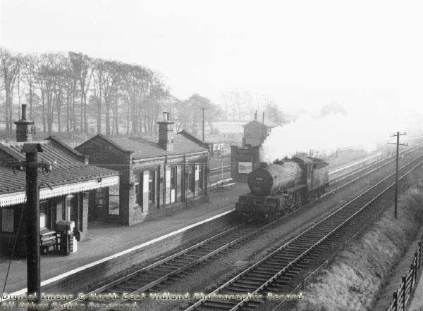 Class B16 4.6.0 Locomotive at Ruddington Station, 1956
