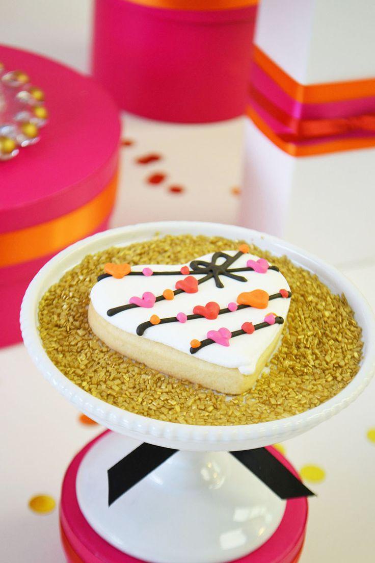 Heart garland sugar cookie in gold glitter sprinkles for Valentine's by Bake Sale Toronto.