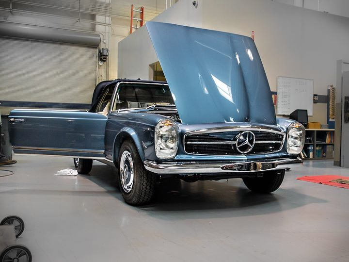 Celebrating elegance: 1971 280 SL restored by the Mercedes-Benz Classic Center.