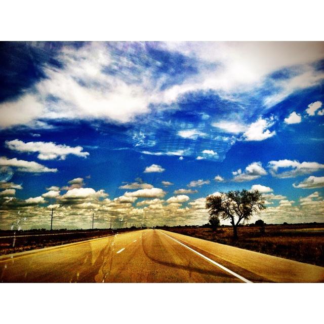 Open Road >>JetsetterCurator