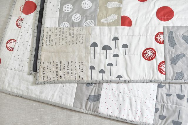 red + blk + white + linen quilt by leslie.keating, via Flickr