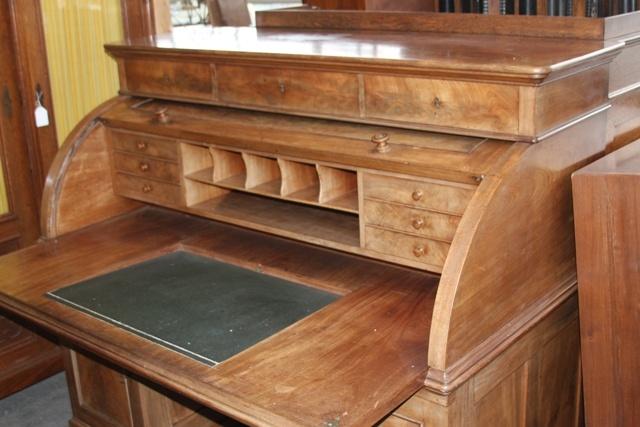 Mahonie houten cilinder bureau uit 1810 afmetingen hoogte 132 cm breedte 158 cm diepte 82 cm - Houten secretaris ...