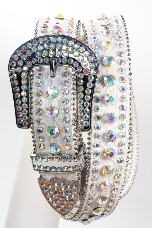 I like big belt buckles like this one. Kinda reminds me of the buckles that goerge strait wears lol
