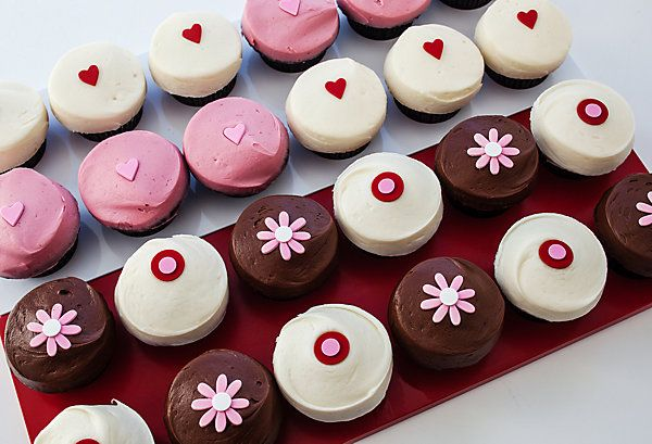 Learn the secret to Sprinkles' Strawberry cupcakes on our blog!