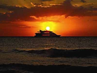 Naples Princess Cruises is an elegant sunset, lunch, or dinner cruise boat!