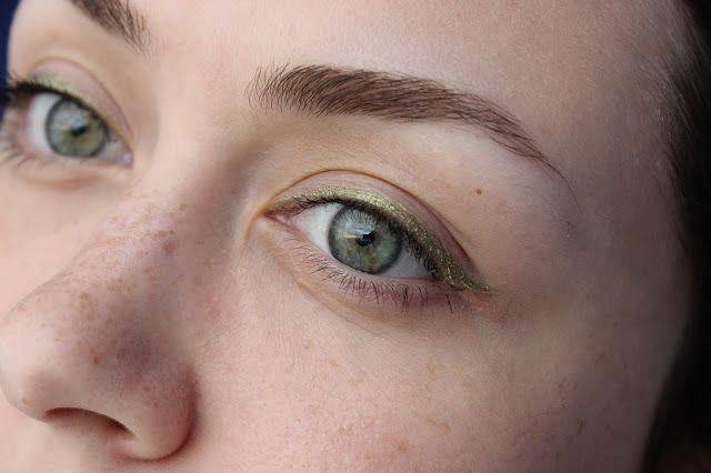 Vika about beauty: AQUA MATIC EYESHADOW Водостойкие тени для глаз в карандаше + лимитированная коробочка I Love aqua - все, что нужно для пляжной вечеринки)