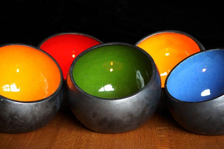 Bunte Lichtschalen von Marwo-Keramik.  marwo-keramik.de