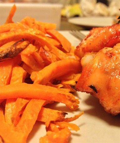 Запеченный картофель фри из батата рецепт с фото