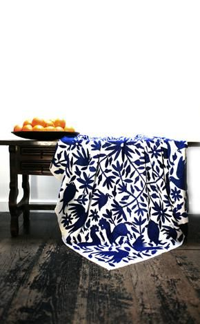I want this Mexican coverlet.: Blanket, Mexicans Tenango, Mexicans Textiles, Mexicans Coverlet, Mexicans Otomi, Laviva, Mexicans Throw, Blue And White Quilts, Mexicans Folk Art
