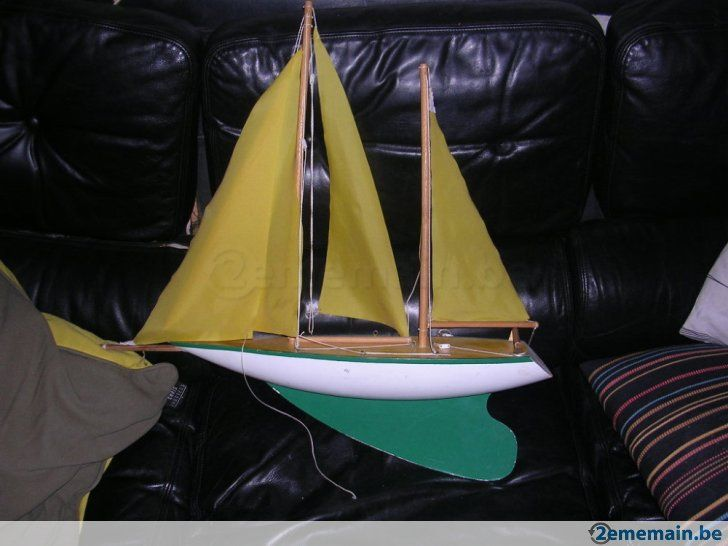 17 meilleures id es propos de voilier a vendre sur pinterest voile en goutte bateau a - Voilier de bassin ancien nanterre ...