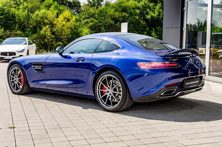 MERCEDES-BENZ AMG GT S NEU SERVICE BURMESTER PANORAMA    -- Export price: 104.455 €--  Stoсk №: B555    Fuel consumption (in town): 9.4 l/100 km | CO2 emissions: 219 g/km | Energy efficiency class: G | Fuel type: Benzin, Super     #mersedes #benz #BRILLANTBLAU #amg #gt #autoseredin  #dubaicars #carforsale #saudicars #autoseredingermany