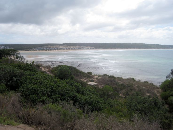 The seaside town of Stilbaai is also a part of the fabulous Garden Route. The beauty of this bay is not only appreciated in modern times, but it is believed that an ancient community lived here over 75,000 years ago.