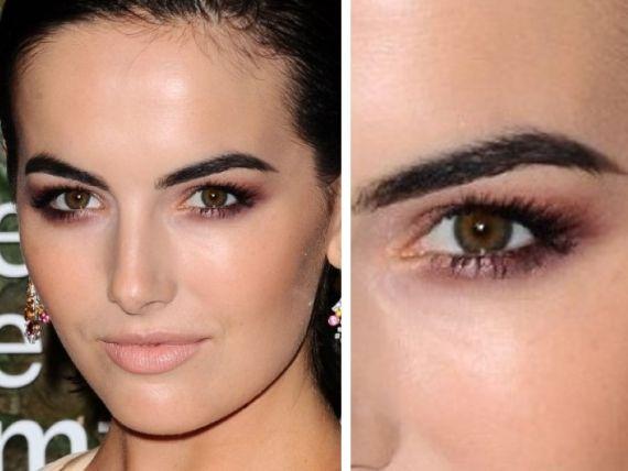 Make ajuda amenizar os olhos caídos e dá um UP no olhar para deixa-la mais atraente e irresístivel - Veja mais em: http://www.vilamulher.com.br/beleza/maquiagem/dicas-de-maquiagem-para-quem-tem-olhos-caidos-24423.html?pinterest-destaque