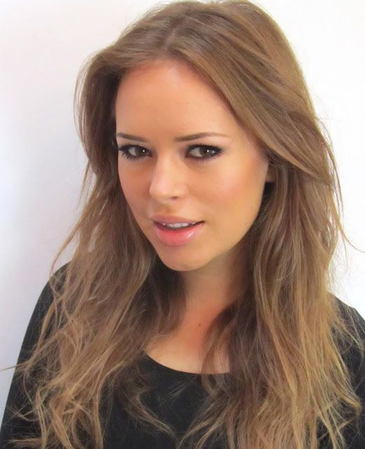 she is beautiful. Favorite beauty guru. And  I love her hair :)