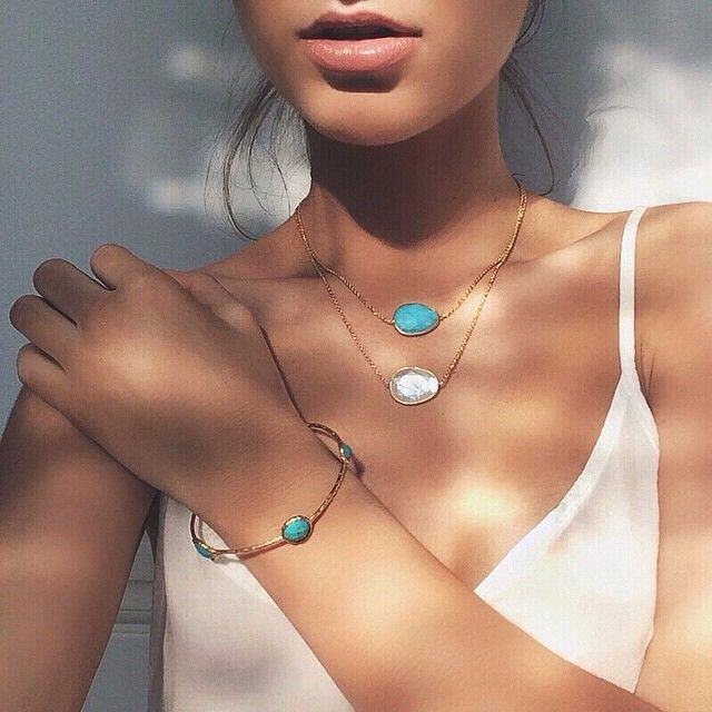 Turquoise and beautiful moonstone from Tomassa Jewellery, Photo credits: @rosieblackaller