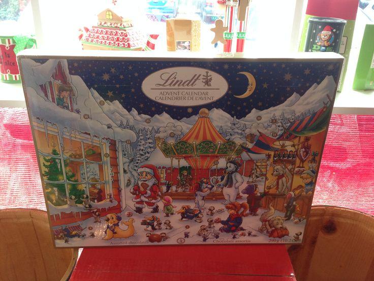 Lindt Advent Calendar #RoseVoxBox @Lindt Chocolate @Influenster #LindtTruffles
