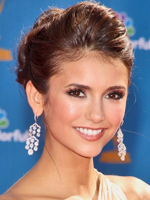 Google Image Result for http://media.onsugar.com/files/2010/08/34/0/192/1922153/2a084d916962fa05_Nina-Dobrev.jpg