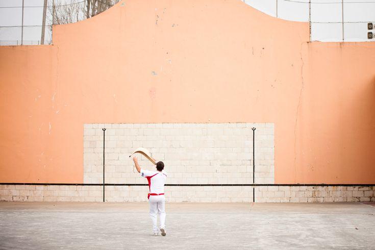 Sport traditionnel du Pays Basque, au fronton de Saint-Jean-de-Luz. #paysbasque