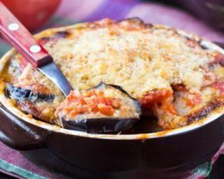 Moussaka minceur aux aubergines pour régime Montignac : http://www.fourchette-et-bikini.fr/recettes/recettes-minceur/moussaka-minceur-aux-aubergines-pour-regime-montignac.html