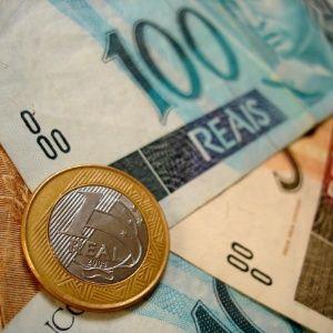 Encontre orientações e notícias sobre economia: investimentos, finanças, negócios, carreira, cotações de Bolsas, moedas, índices econômicos e mais...