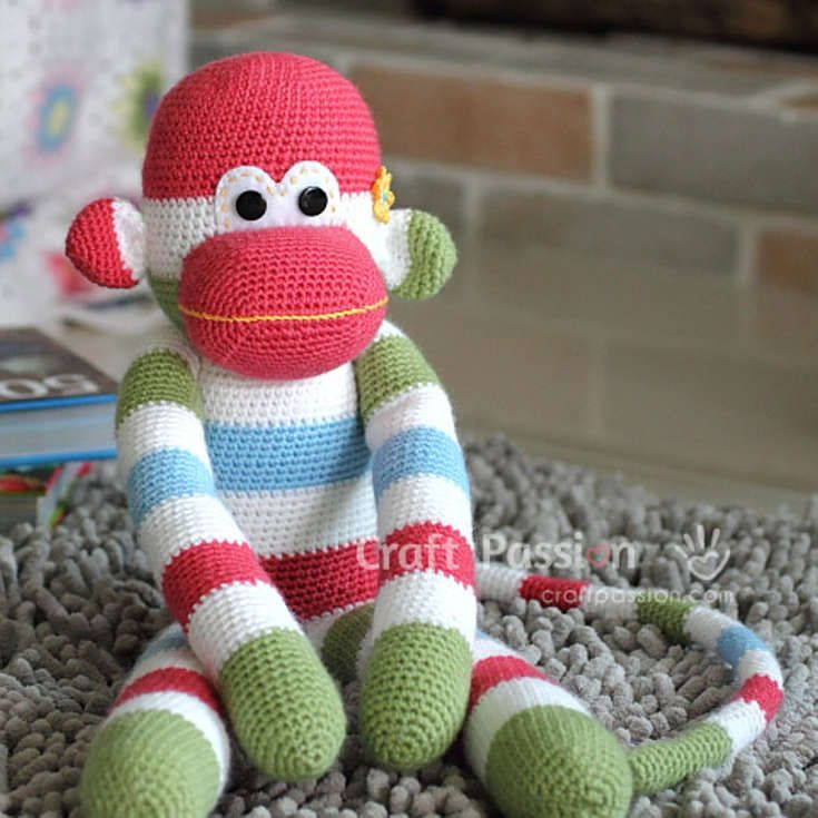 Free Sock Monkey Amigurumi Crochet Pattern http://wixxl.com/free-sock-monkey-amigurumi-crochet-pattern/