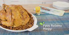 Hasta tu abuela te pedirá la receta de este sabroso relleno. La rica mezcla de jamón ahumado, manzanas, cerdo molido y otras verduras sazonadas con Maggi, ¡harán memorable tu cena de Acción de Gracias!