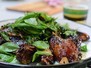 Alas de pollo asiáticas | 3 Minutos con Aarón Sanchez | FOX Play