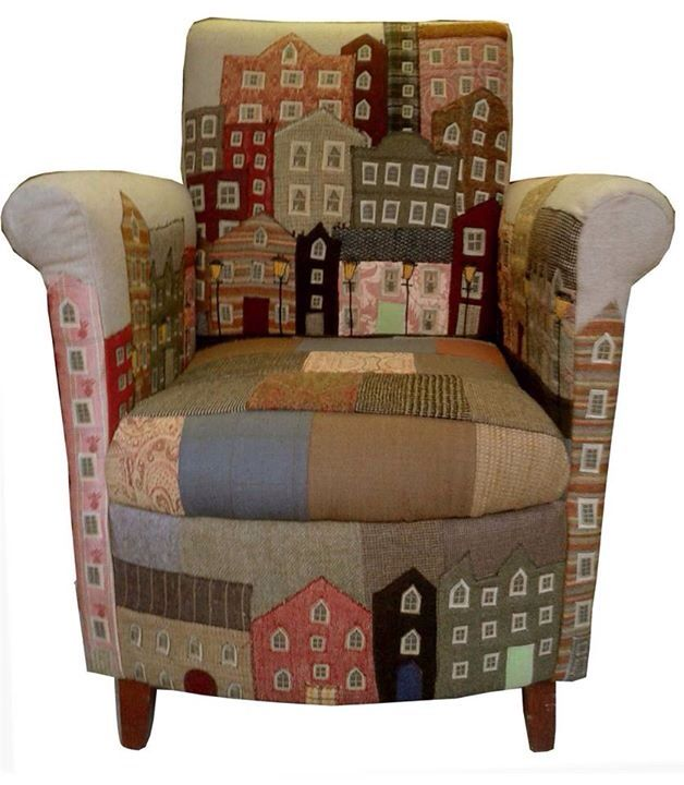 I'd love to have a little studio with this chair it. It would keep me smiling…