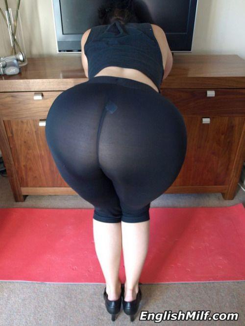 Milf ass leggings