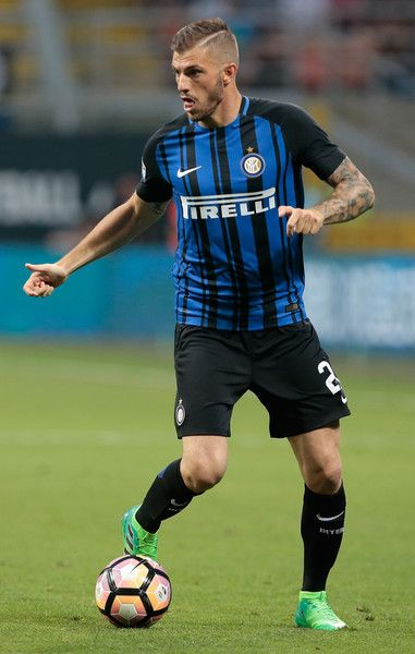 Davide Santon of FC Internazionale Milano in action during the Serie A match between FC Internazionale and Udinese Calcio at Stadio Giuseppe Meazza on May 28, 2017 in Milan, Italy.