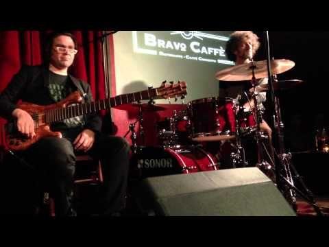 TRACE ELEMENTS Paolo di Sabatino - Christian Galvez - Jojo Mayer - YouTube